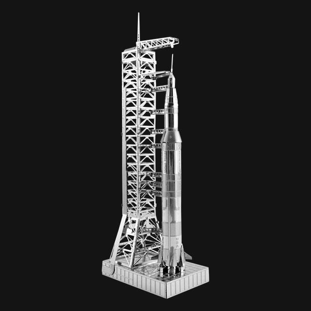 Apollo Saturn V with Gantry
